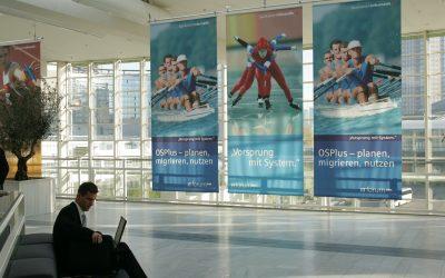 Großflächen Banner sind Teil des Messekonzeptes